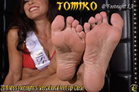 2019 Miss Footnight, Tomiko feet up close