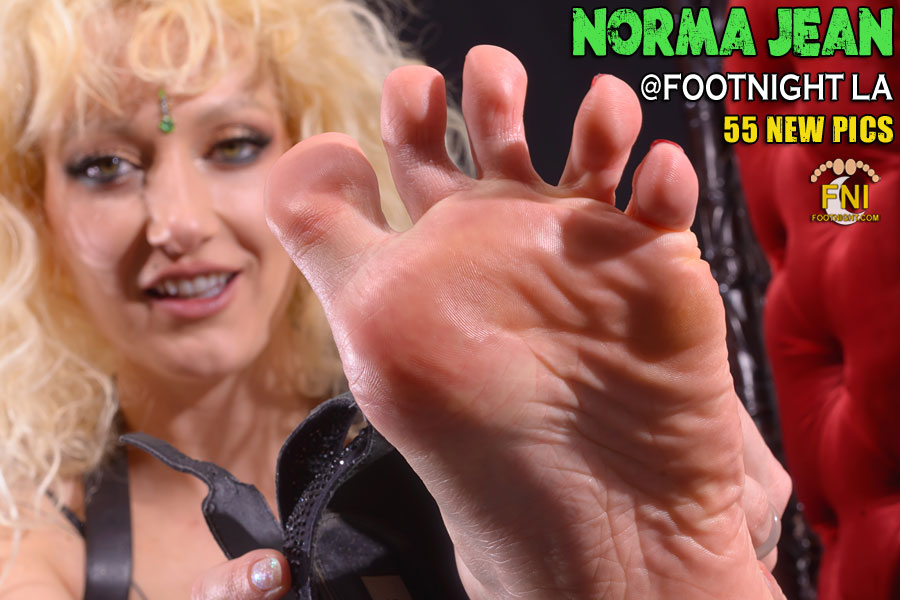 NormaJean at Footnight Los Angeles